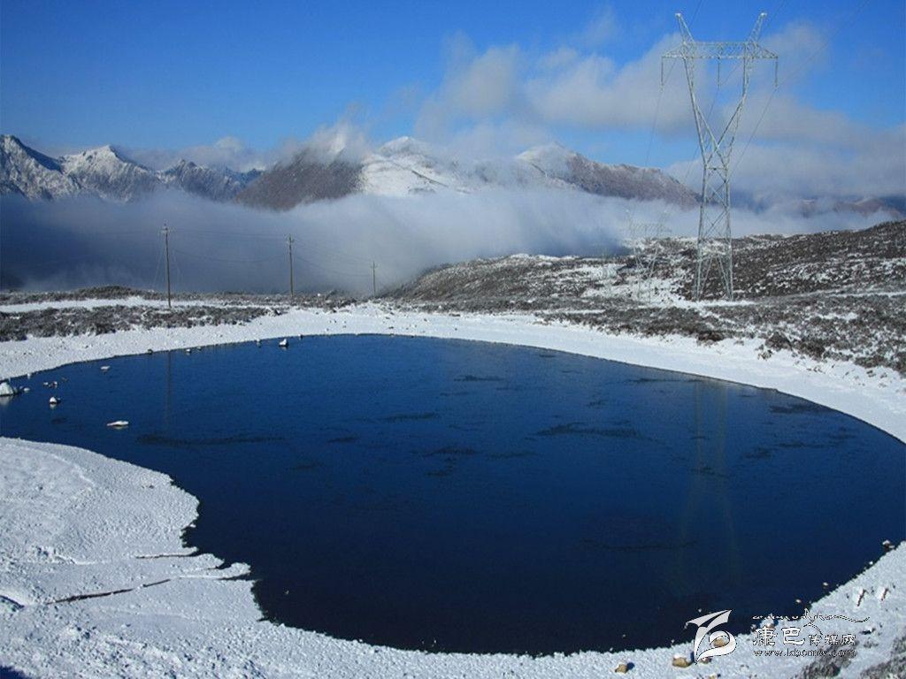 并推出了以海螺沟,康定木格措,丹巴甲居藏寨等一系列景区冬季门票