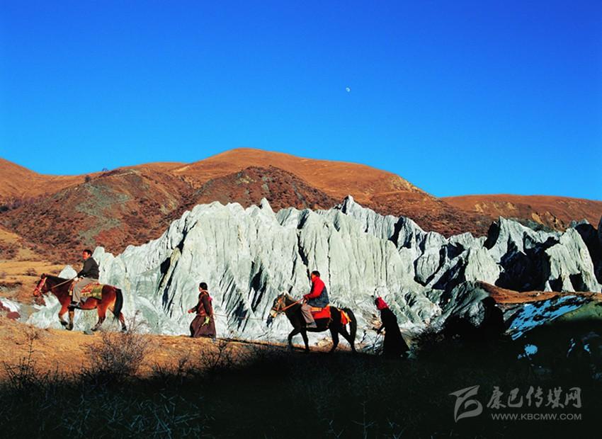 丝路甘孜,康藏秘境旅游推荐线路